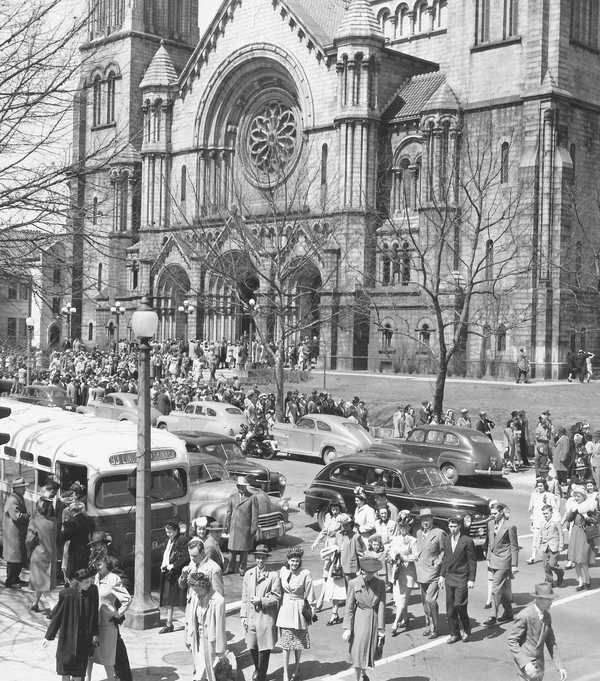 The Cathedral Basilica of St. Louis. Reprinted from St. Louis by Joe Sonderman, courtesy of the Missouri State Archives (pg. 71, Arcadia Publishing, 2016).