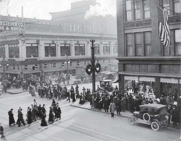 Holiday shoppers at Sixteenth and Stout Streets, circa 1920.