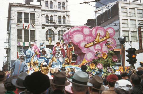 A float from the 1954 New Orleans Rex parade.