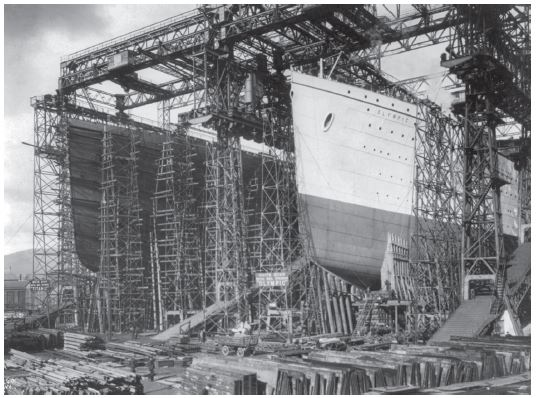 Titanic under construction at Belfast. Courtesy of Wikimedia Commons.