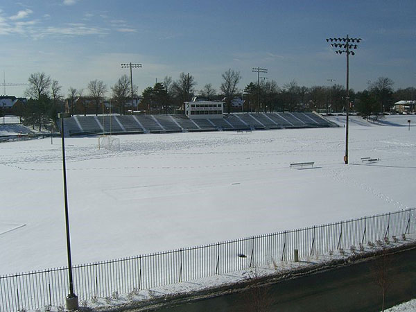 Francis Field in 2009. Image by Shubinator [CC BY-SA 3.0], via Wikimedia Commons.